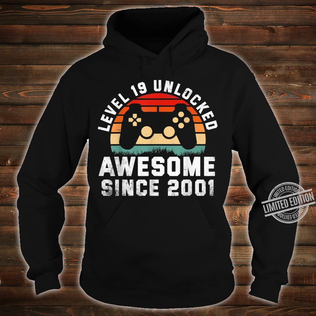 Awesome Since 2001 19th Birthday Gamer 19 Year Old Shirt hoodie
