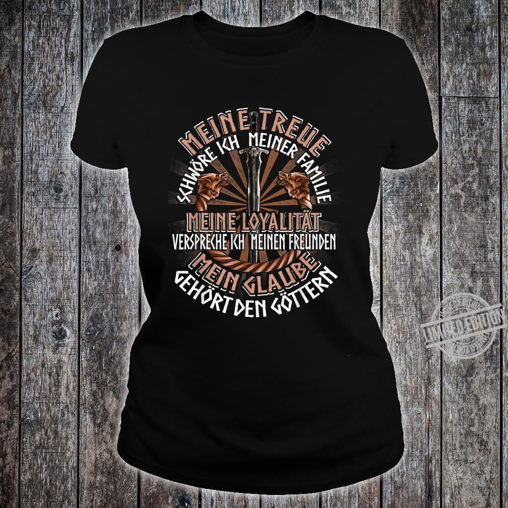 Family Friends Gods German Clothing Quote Viking Shirt ladies tee