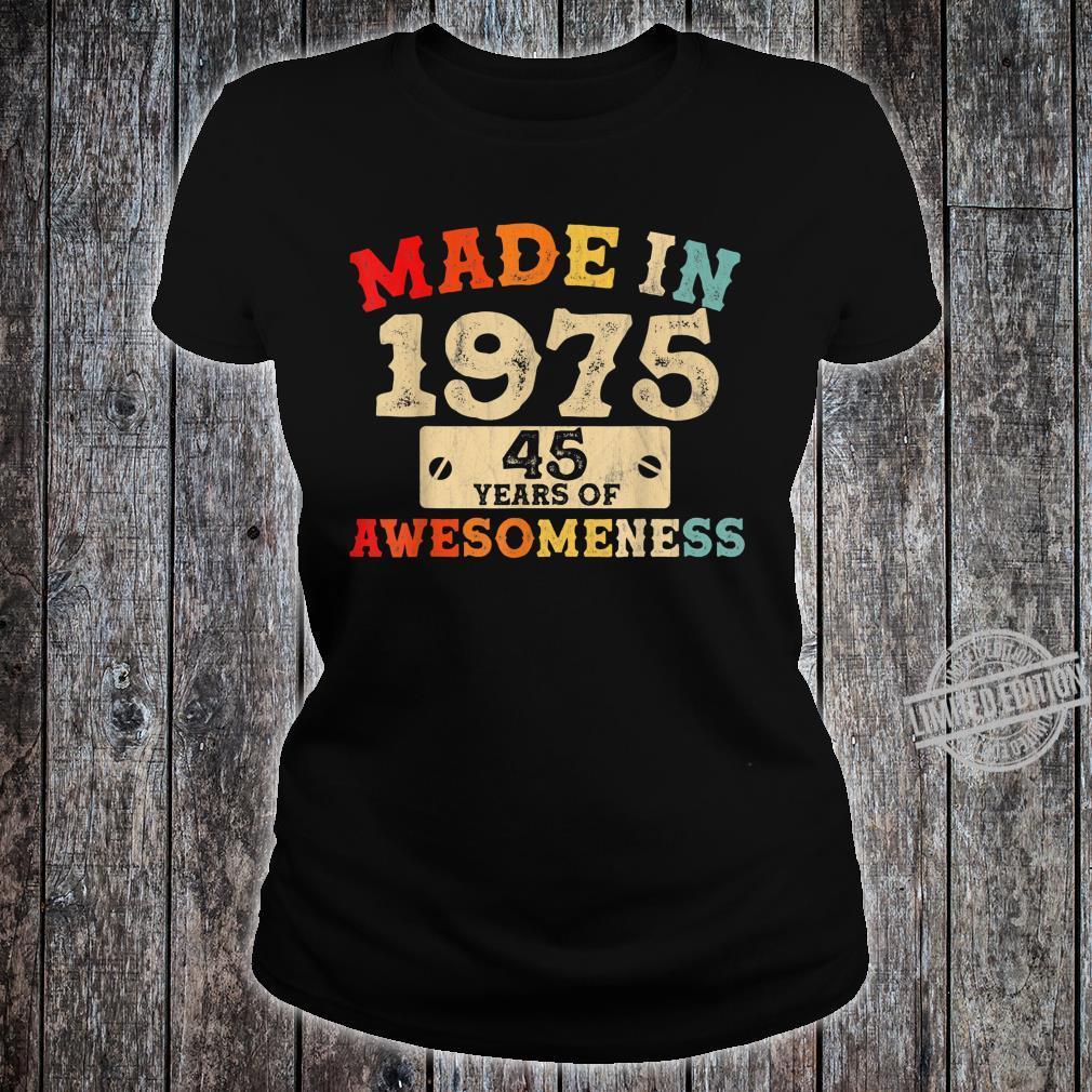 Retro Vintage 1975 45th Birthday Awesome 45 Years Old Shirt ladies tee