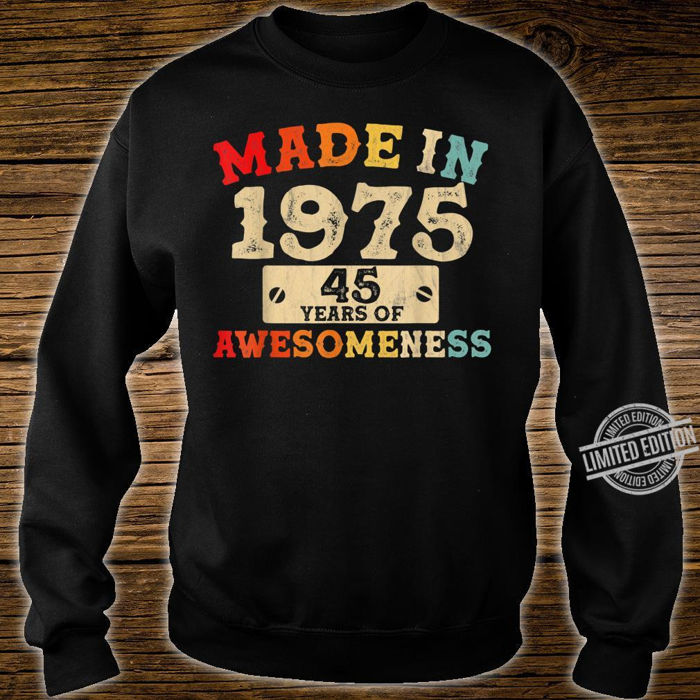 Retro Vintage 1975 45th Birthday Awesome 45 Years Old Shirt sweater