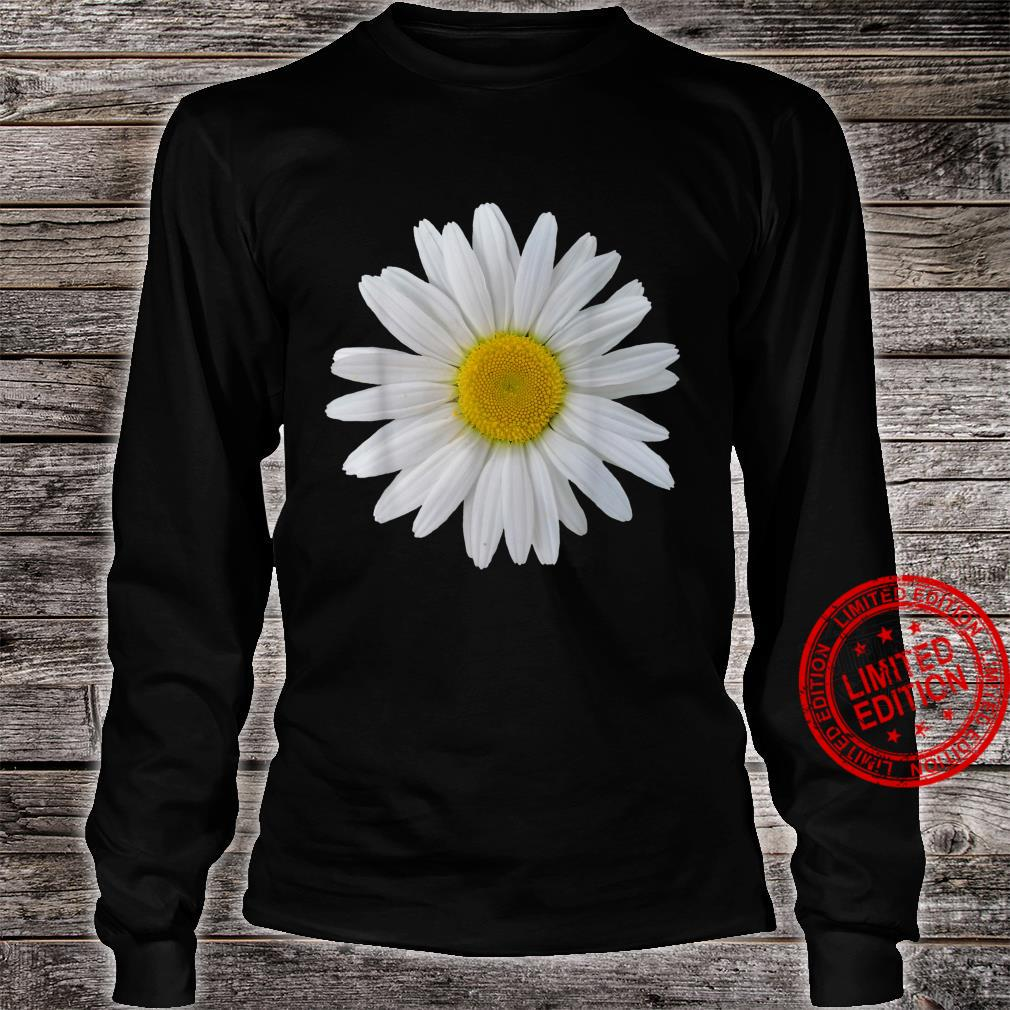 White daisy flower, blooming daisy, blooms, flowers, daisies Shirt long sleeved